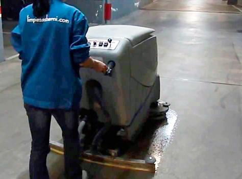 limpiar frenazo ruedas de bicicleta2