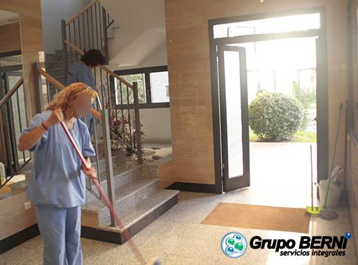 Limpieza de comunidades en madrid grupo berni for Limpieza de comunidades en granada