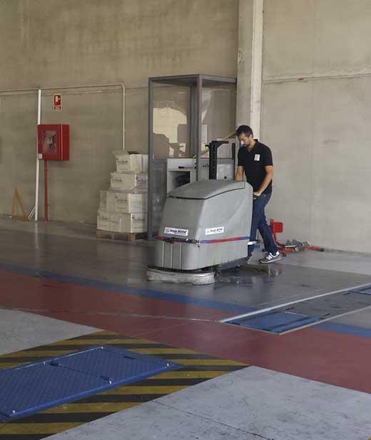 limpieza de garajes madrid