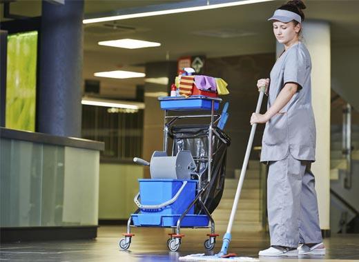 limpieza de pasillos de trasteros